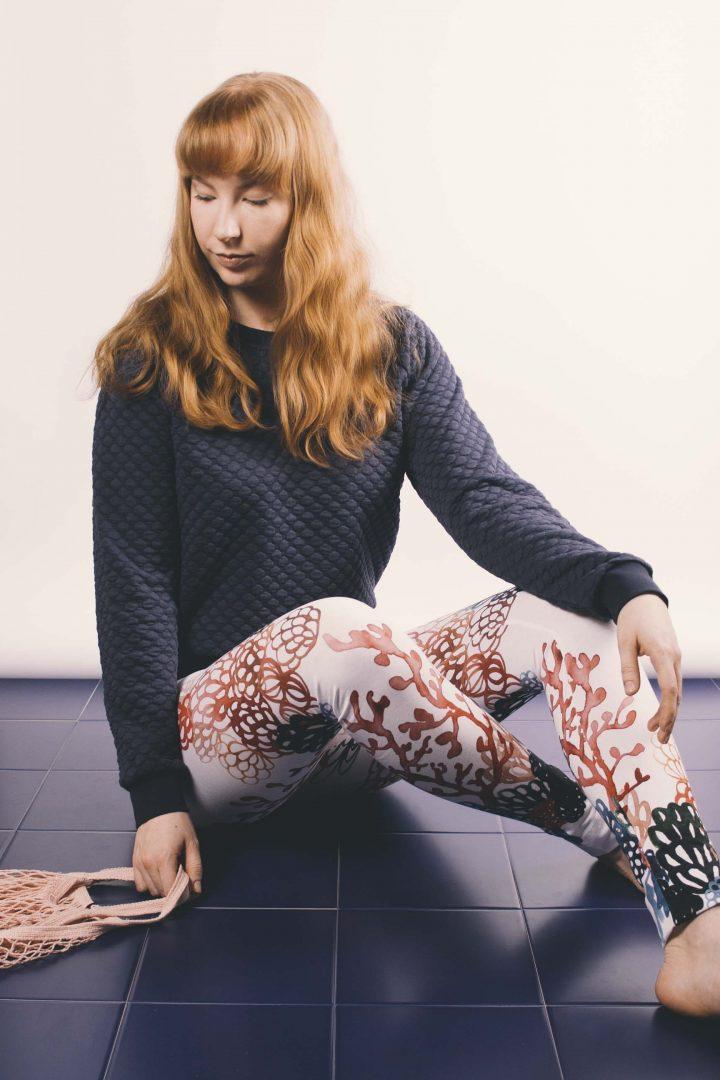 navy sweater + coral leggings