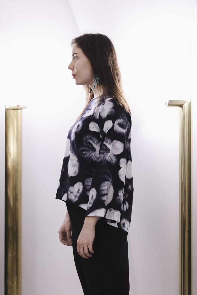 aarre_woman_little_stranger_ink_flowers_jen_shirt_paita (5)_small