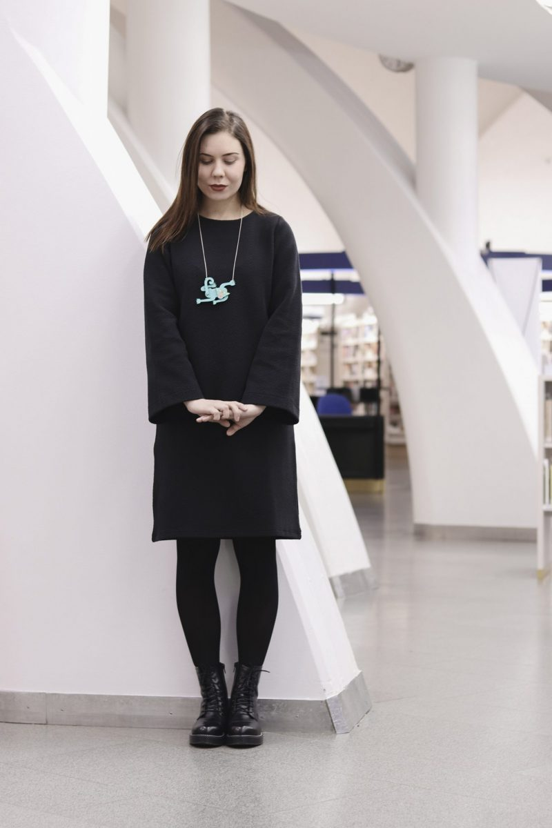 aarre_woman_little_stranger_struck_kairi_dress_mekko (16)_small