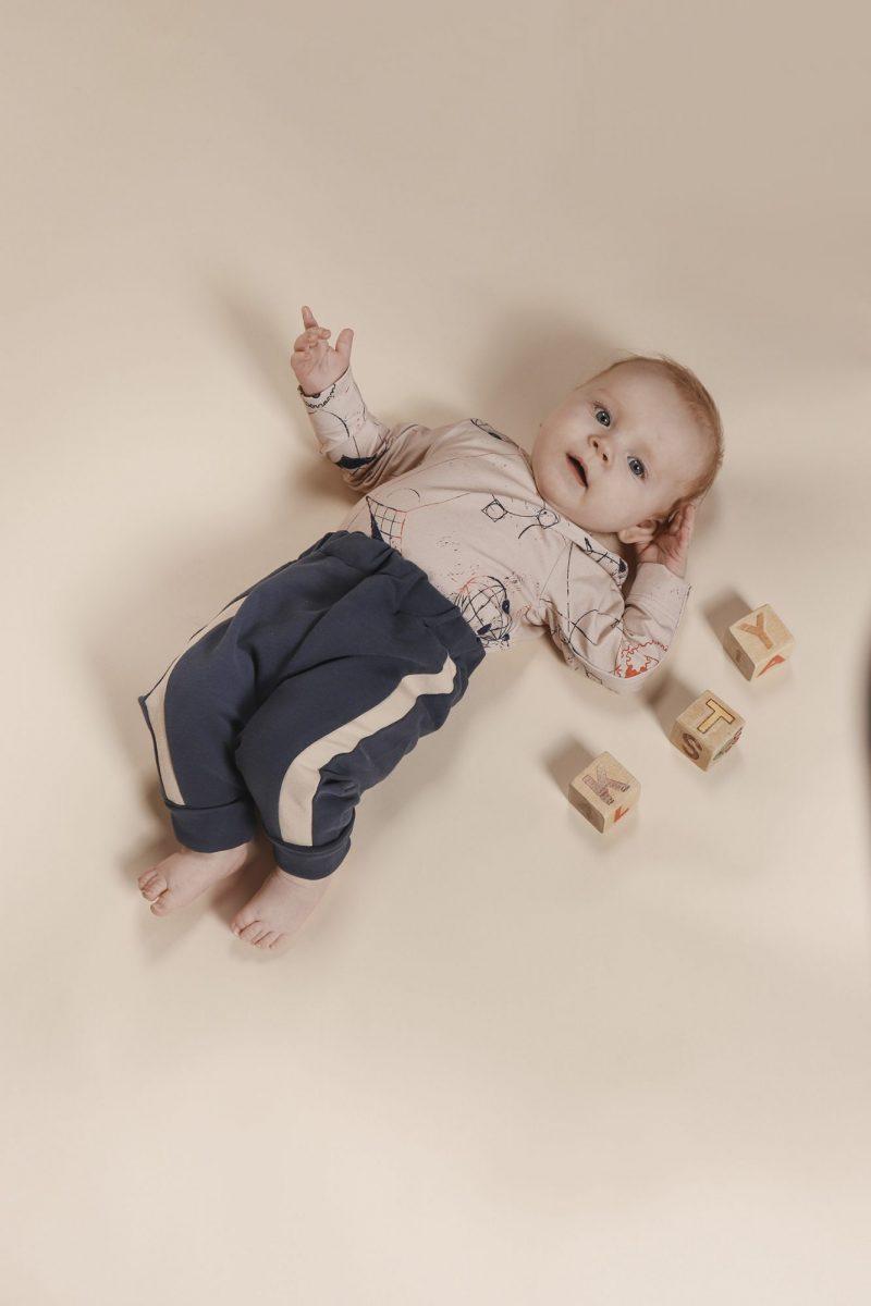 aarrekid_baby_vauva_little_stranger_maxton_baby_pants_housut_smoke_blue (9)_small
